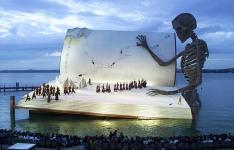 opera set